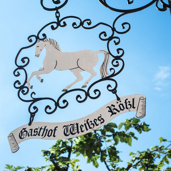"""Schild """"Gasthof Weißes Rößl"""""""