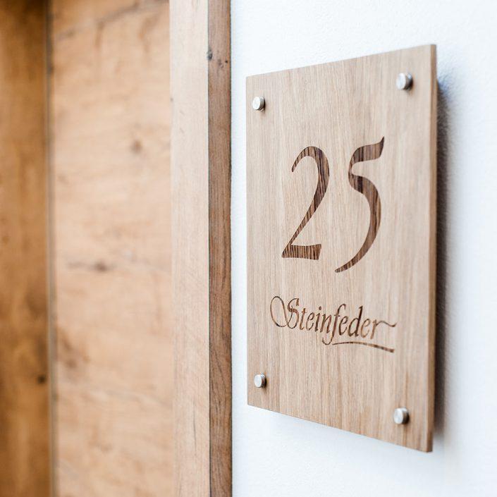 Türschild Zimmer Nummer 25 Steinfeder